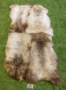 Schapenkleed met 4 IJslandse schapenvachten